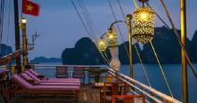 Nghỉ đêm trên du thuyền 5 sao xa xỉ nhất vịnh Hạ Long